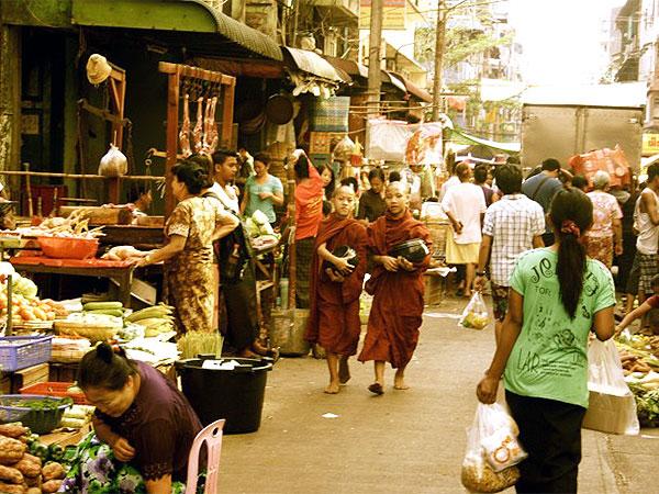 bogyokeaung san scott market in myanmar