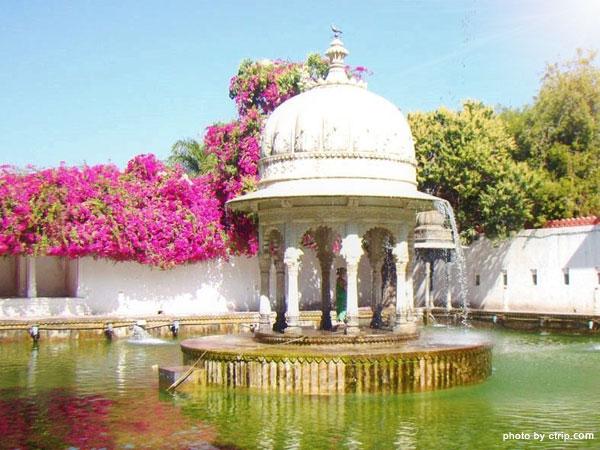 Sahelion ki Bari Garden