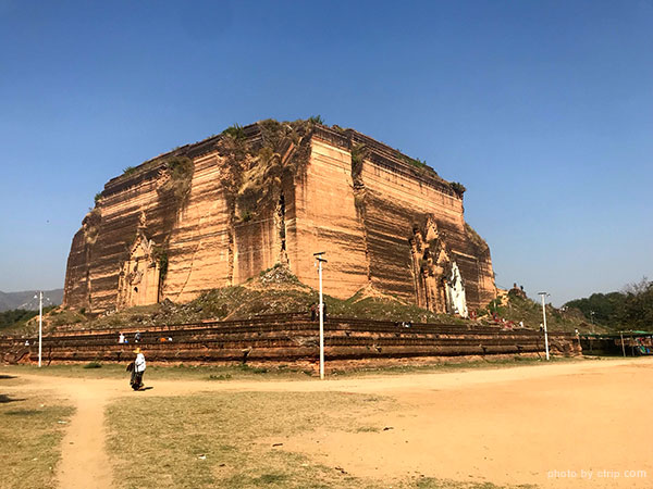 Mingon Pagoda in Mandalay