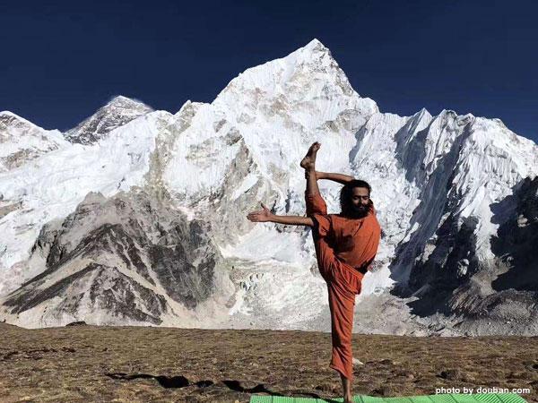Yoga auf dem Schneeberg machen